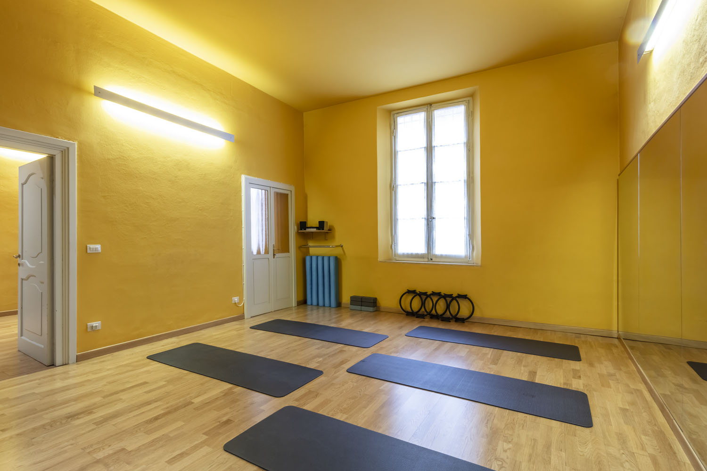 sala dedicata all'allenamento a corpo libero con personal trainer qualificati nella palestra FisiLabor