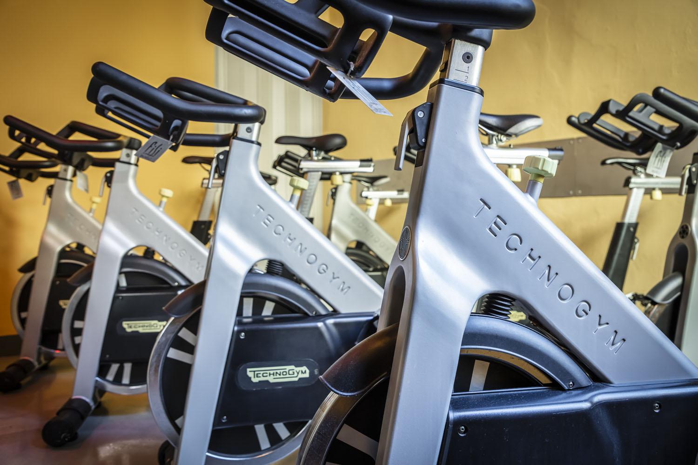 la sala spinning di FisiLabor equipaggiata con le bike professionali di Techogym