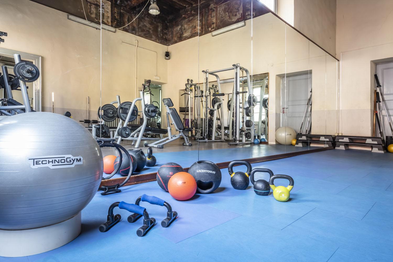 FisiLabor ha uno spazio dedicato all'allenamento functional e una selezione di attrezzi funzionali